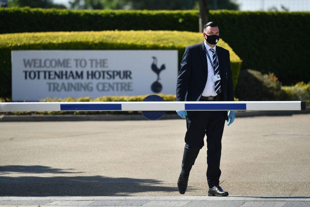 Anggota Tottenham Hotspur Positif COVID-19