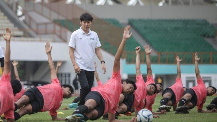 Shin Tae Yong Lanjut Ke Dua Kota Ini Jika Piala AFC U-19 Batal Di Gelar